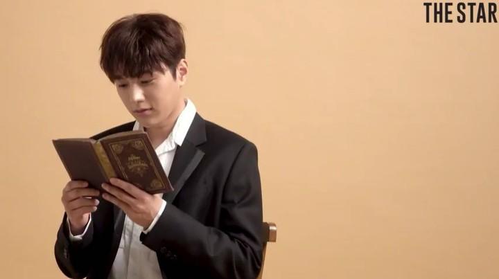 "THE STAR on ""더스타_SWEET_VOICE 시 읽어 주는 남자 인피니트 엘 편을 공개합니다‼️가을과"