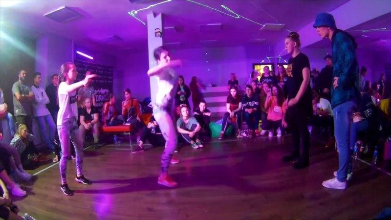 BOMBOCLAAT PARTY DANCEHALL 2*2 12 MADMONKEZZZ vs DVA CHASA