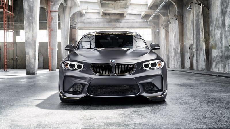 Картинка машина Серебристый автомобиль BMW M2 M 2018 вид спереди