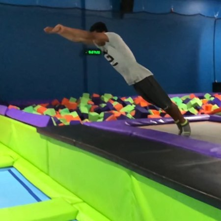 "Z Zoromba on Instagram ""Getting lit with the kids🔥💚💤 . 🎥 @soloflow7 . gettinglit flips skyzone meetup trampoline grt monkeybusiness freer..."