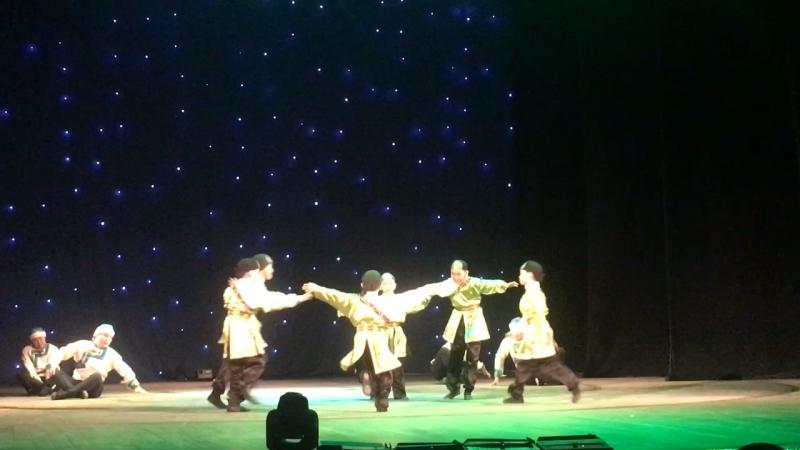Табунщики постановка Эртине Конгар репетитор Айлаана Дирчин