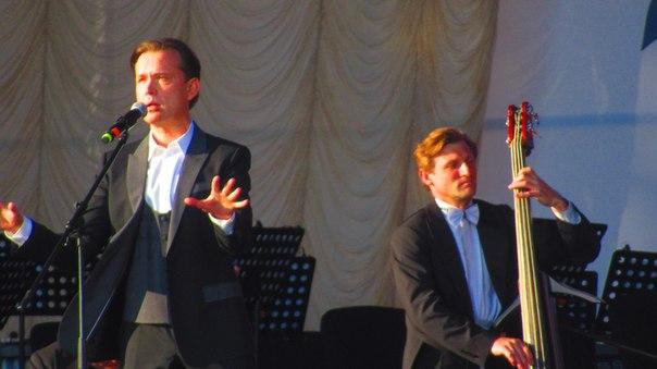 2 июня  2018 г, участие Олега Погудина в фестивале «Петербург live», посвященном 80-летию Владимира Высоцкого, СПт-г VcG_WLAfQhM