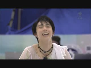 Small compilation of favorite times yuzuru's smile lighted up the whole world
