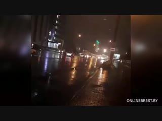 Сегодня в 18.55 на ул. Пионерской горела троллейбусная линия