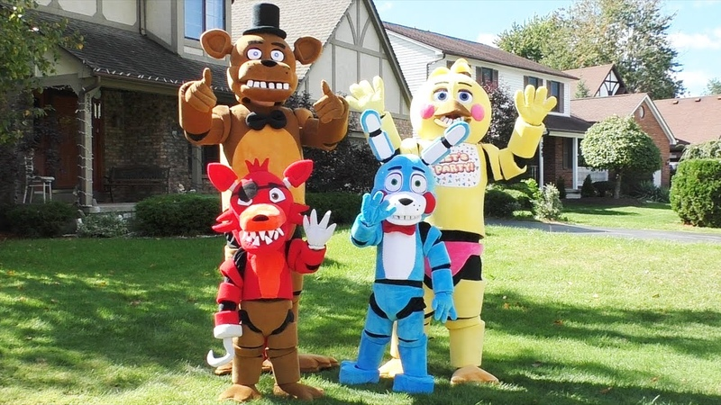 👉 Amazing FNAF Costumes Foxy Bonnie Freddy Toy Chica | Five Nights at Freddy's 🐻 | FNAF Family