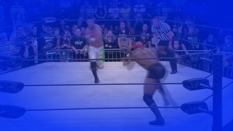 OWC SmackDown live заставка
