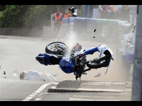 Most Dangerous event in the WORLD 2015 - Isle Of Man Tourist Trophy 300 Kmh Street-Race