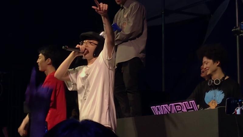 기리보이 , 김승민 - 바보상자스타 with WYBH 라이브 우주비행 루프탑