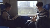 Прекрасный короткометражный фильм, который создали в Италии. Молодые девушка и парень ездят на одном и том же поезде на работу уже довольно давно. ...