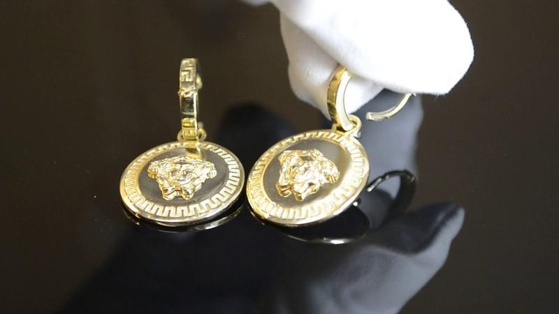 Золотые серьги-подвески из жёлтого золота с узором меандр и головой Медузы Горгоны