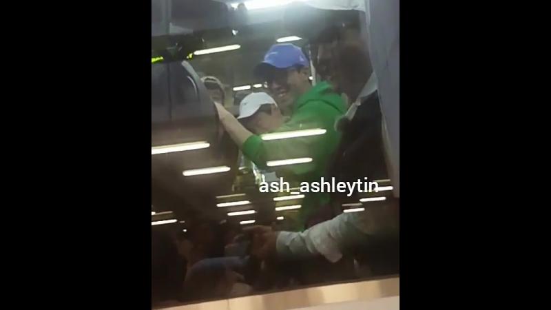Съёмки шоу Running Man Бегущий человек ДжеСок СокДжин КванСу СоМин СанЁп и ДаХи в аэропорту Хитроу Лондон