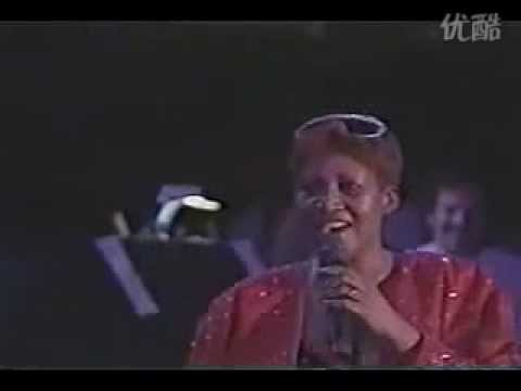 Luther Vandross Aretha Franklin - A house is not a home (live)