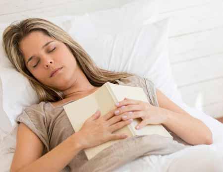 Симптомы гиперкапнии могут включать усталость.