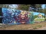 Работы участников стрит-арт-фестиваля украсили забор на улице Фабричной