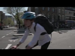В одежду велосипедистов встроили «стопы» и «повороты»