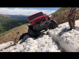 Our 2018 JLU Rubicon Conquers the Pearl Pass Snow Drifts