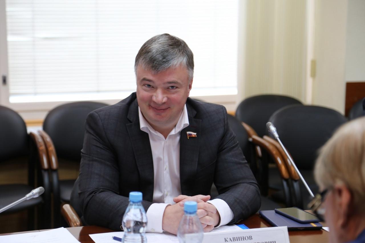 Обзор парламентских тем 12-18 октября с комментариями Артёма Кавинова