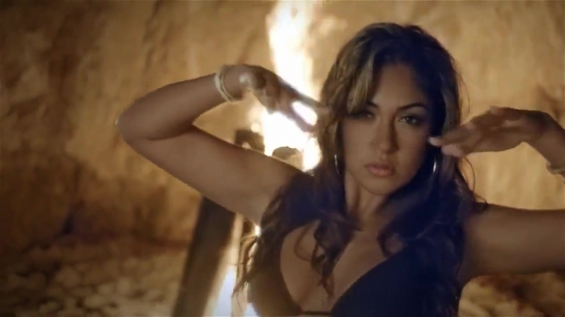 Nayer feat. Mohombi Pitbull - Suave (Kiss Me)