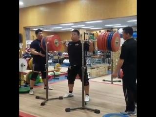 Айширо Мураками - присед 350 кг