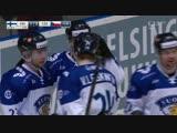 Вилле Покка забрасывает чехам на Шведских играх