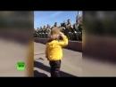 Маленький `генерал` на репетиции парада Победы в Москве