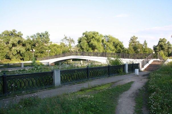 Обалденной красоты мост, сейчас покажу его со всех сторон