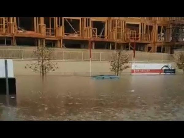 Мощный паводок в городе Коста Меса Flood in Costa Meca California december 2018