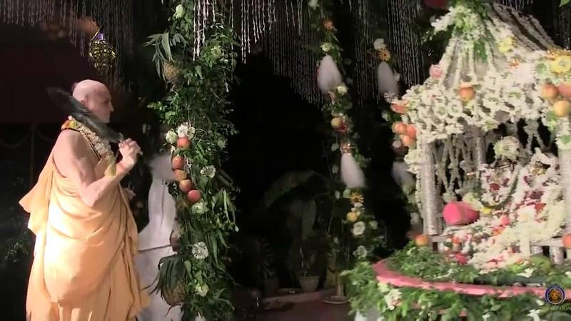 Mayapur Sri Sri Radha Madhava Jhulan Yatra 2014 on the fifth day