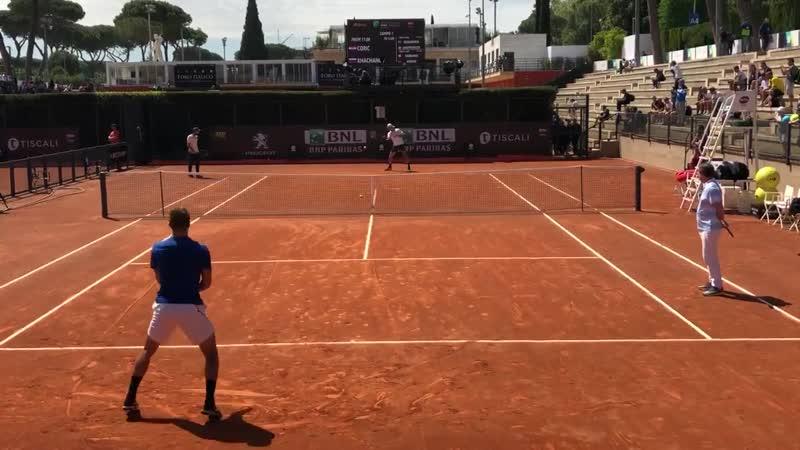 Борна Чорич на первой тренировочной сессии с Кареном Хачановым в Риме