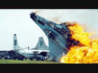 Украина не смогла скрыть, что вторым пилотом разбившегося СУ-27 был американский военный.