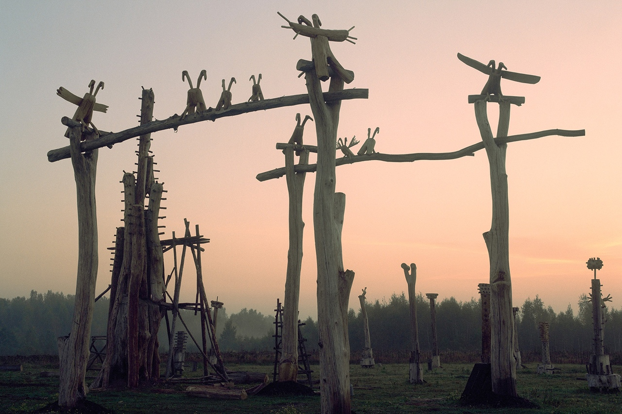bgLRz3tBZyQ Никола-Ленивец арт-парк в Калужской области.