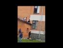 Школьница сломала руку на вписке|По жести