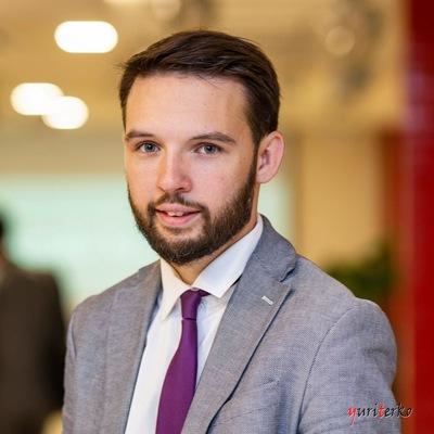 Александр Харитонов