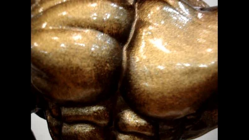 Франциск Бенфато.Статуэтка выдающегося бодибилдера,в оригинальном цветовом решении-патина.