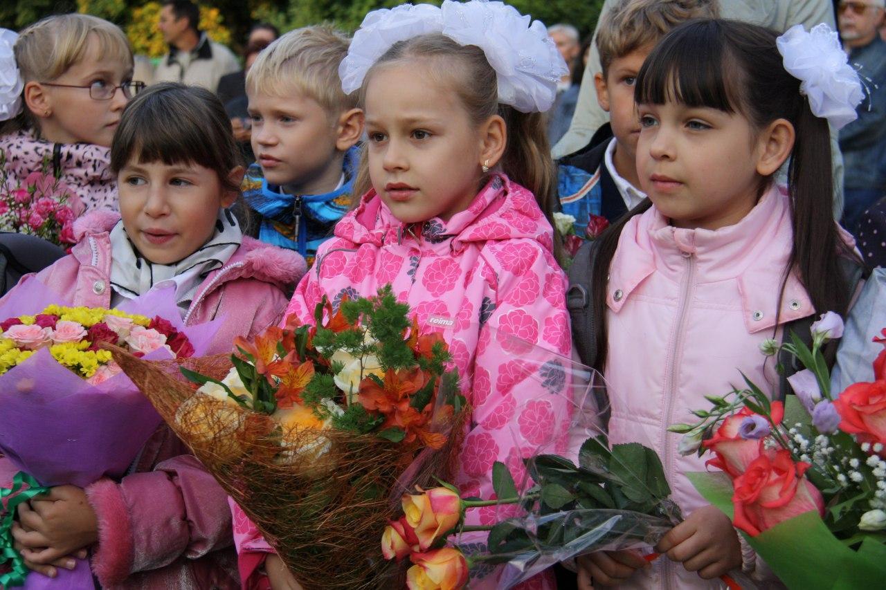 Праздник «Посвящение в первоклассники» устроили в школе Савеловского