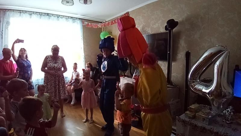 Танец с фиксиками