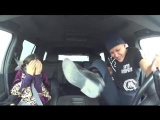 Алқаш таксист Қазақ қызын қиналдырды! _ Таксист Алкаш издевается над казашкой!