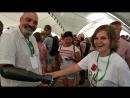 Найджел Экланд и его cyborg handshake