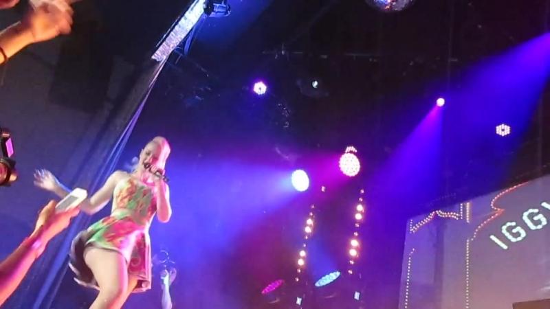 Iggy Azalea - Down South (Live At Bowery Ballroom)