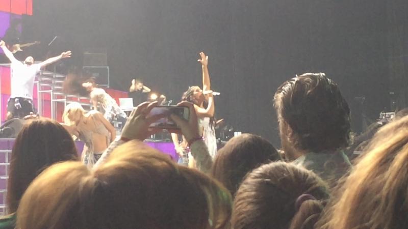 Нюша. Концерт в Крокусе - 17