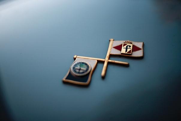 Alfa Romeo 1900 С Coupe 1952-1954 Alfa Romeo 1900 - это первый автомобиль компании на раздельном шасси, а также первая Альфа для левостороннего