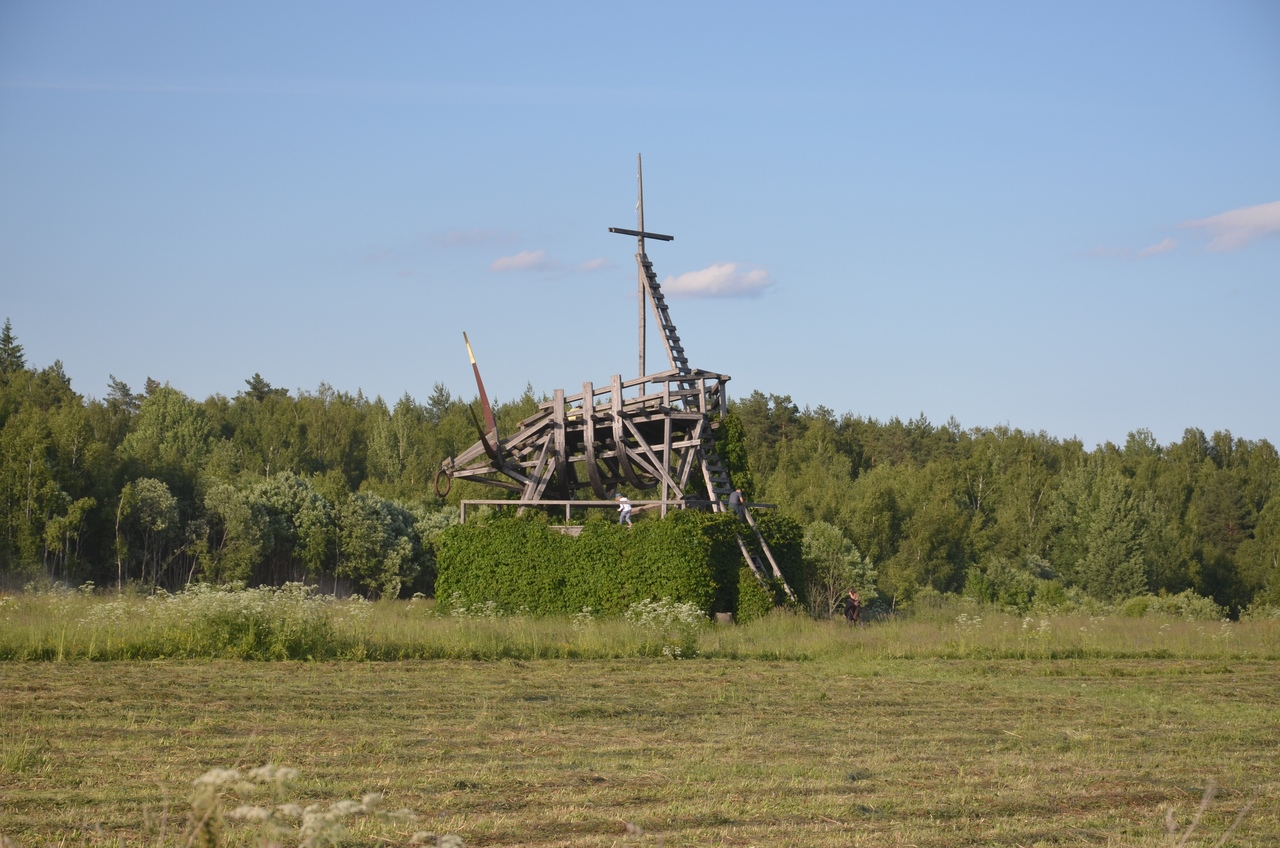 f6sHGoK9ykY Никола-Ленивец арт-парк в Калужской области.