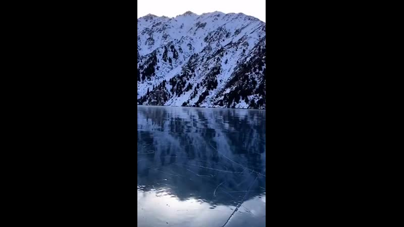 Катающаяся на коньках на БАО алматинка Full-HD (720p).mp4
