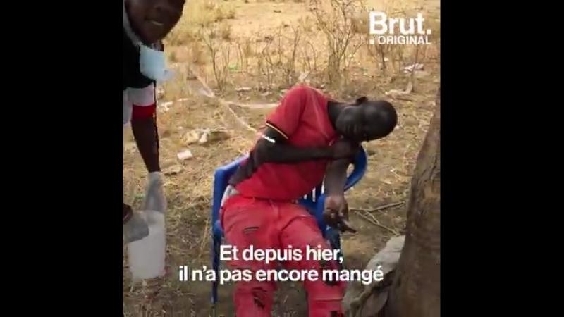 Après avoir fui les violences en République Démocratique du Congo et rejoint l'Ouganda les réfugiés font face à une épidémie de