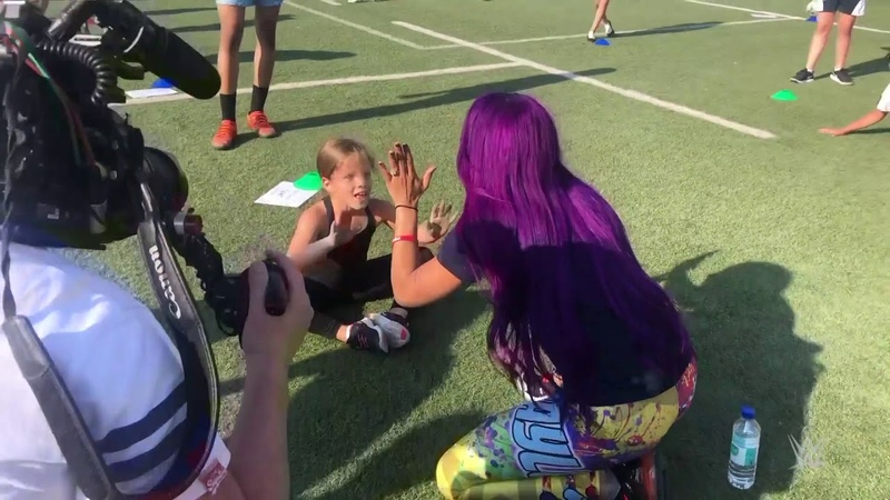 SBMKV_Video | Sasha Banks works out with GEMS Wellington Academy students in Dubai