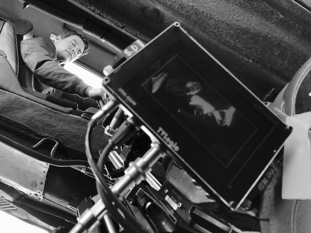 Том Круз новое фото со съёмок боевика «Миссия невыполнима 6: Последствия»