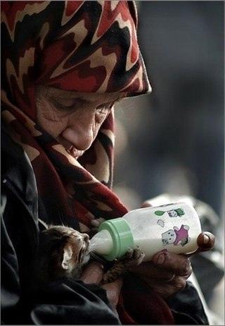 все заканчивается. и жизнь. и молодость. и богатство. остаются лишь добрые дела.