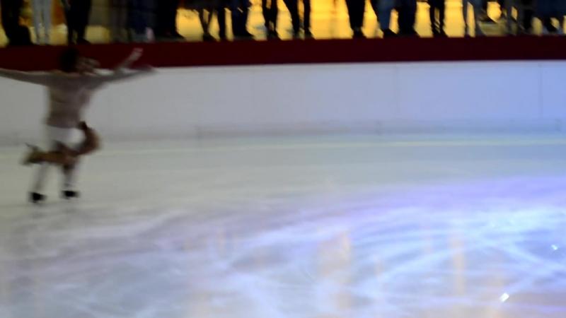Олимпийские чемпионы Маргарита Дробязко и Повилас Ванагас