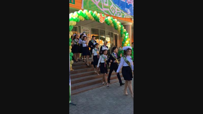 NIS graduates 🌱💚