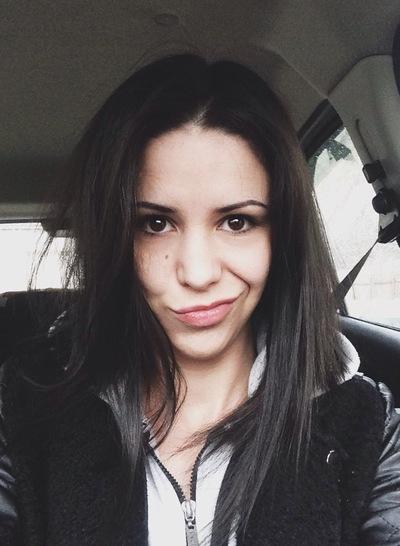 Анна Думанова